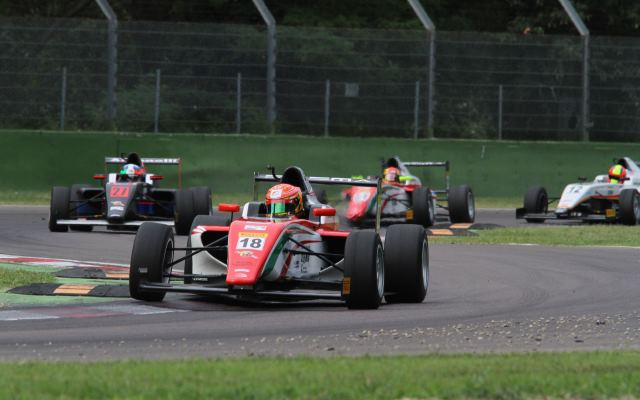 Stroll Cruises To Victory In Race Three At Imola Formula Scout